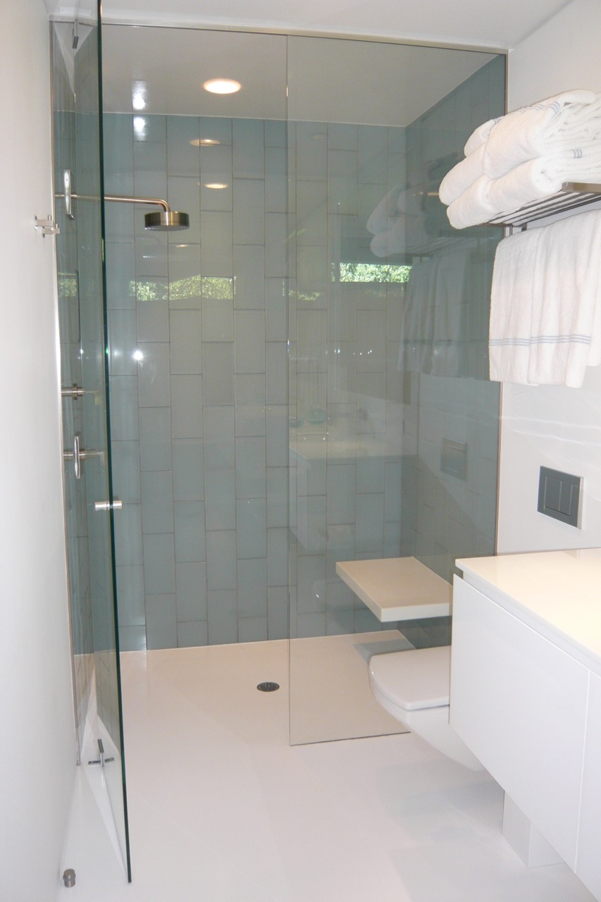 Bathroom 7